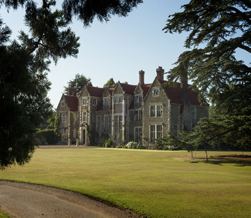 Loseley Park, The Crown tour