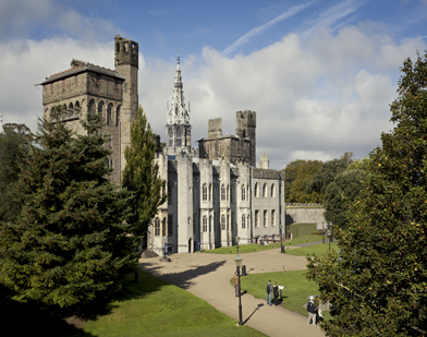 Cardiff-Castle-392x309