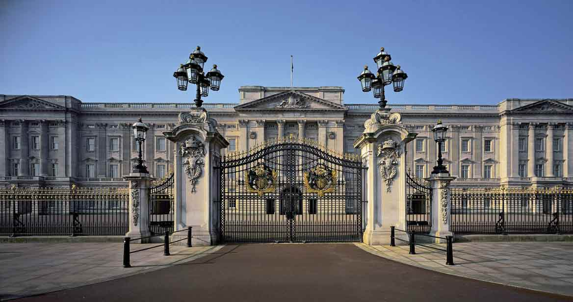 tours international   royal palaces of london tour