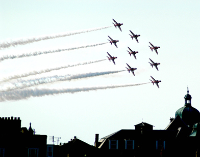 Red-Arrows392x309